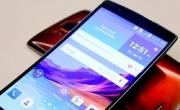 Smartphone-ul LG G Flex2 este disponibil la pre-comanda, pentru toti utilizatorii Vodafone