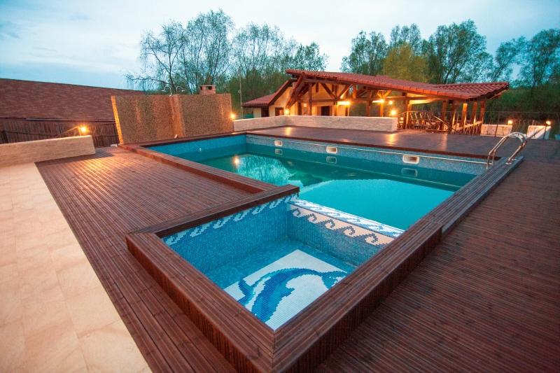 Pensiunea delta dreams murghiol cazare rezervari for Hotel cu piscina