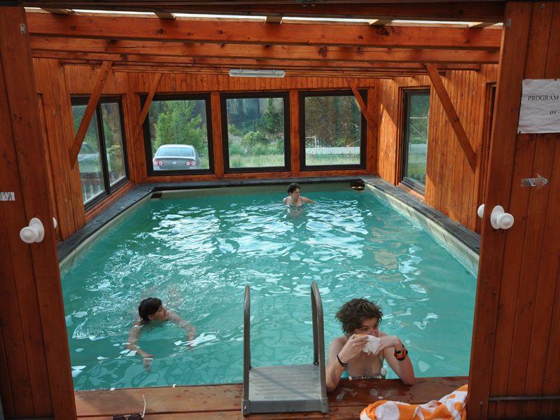 Pensiunea csomad baile tusnad cazare rezervari preturi for Hotel cu piscina
